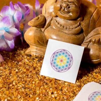 Aufkleber Blume des Lebens Chakra weiss d40mm
